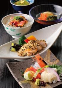 7月8月限定<BR>和食のセットをお手頃に。<BR>「和食御膳」