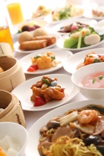本格中国料理をたっぷりと          ランチバイキング