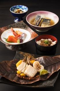 9月10月限定<br>薫りを楽しむ朴葉焼き<br>「和食御膳」