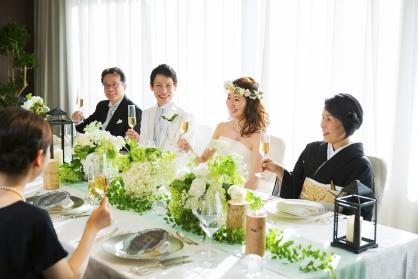 ご家族だけの結婚式にもおすすめです。:画像