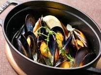 [期間限定] <br>北海道産ムール貝の白ワイン蒸し